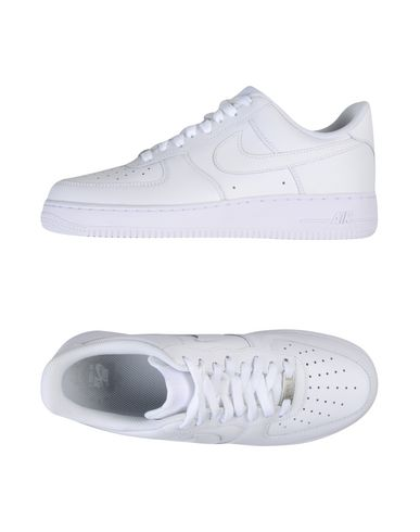 NIKE AIR FORCE 1 07 Sneakers & Tennis shoes basse uomo