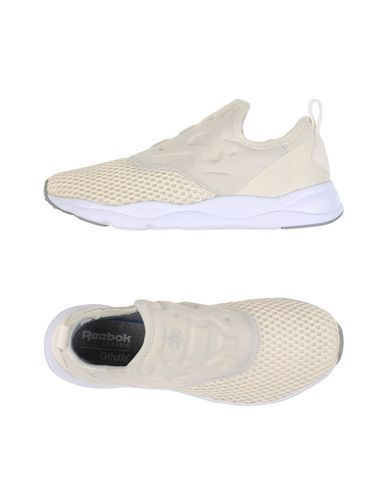 REEBOK Sneakers & Tennis shoes basse donna