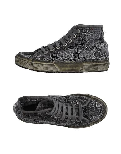 SUPERGA® Sneakers & Tennis shoes alte donna