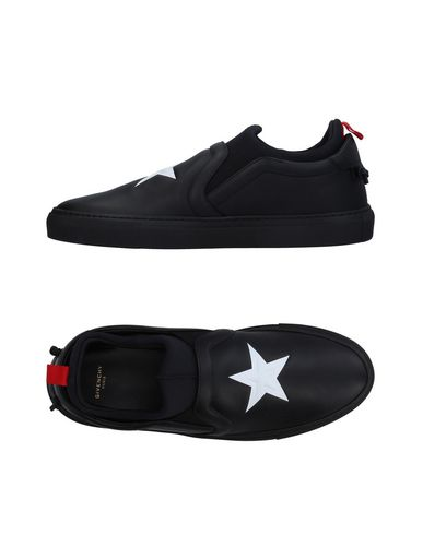 GIVENCHY Sneakers & Tennis shoes basse uomo