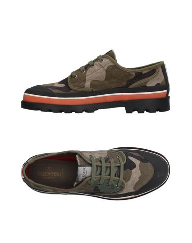VALENTINO GARAVANI Sneakers & Tennis shoes basse uomo