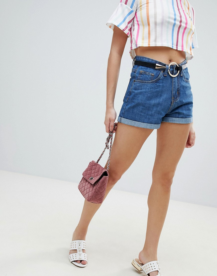 PrettyLittleThing - Mom shorts di jeans - Blu